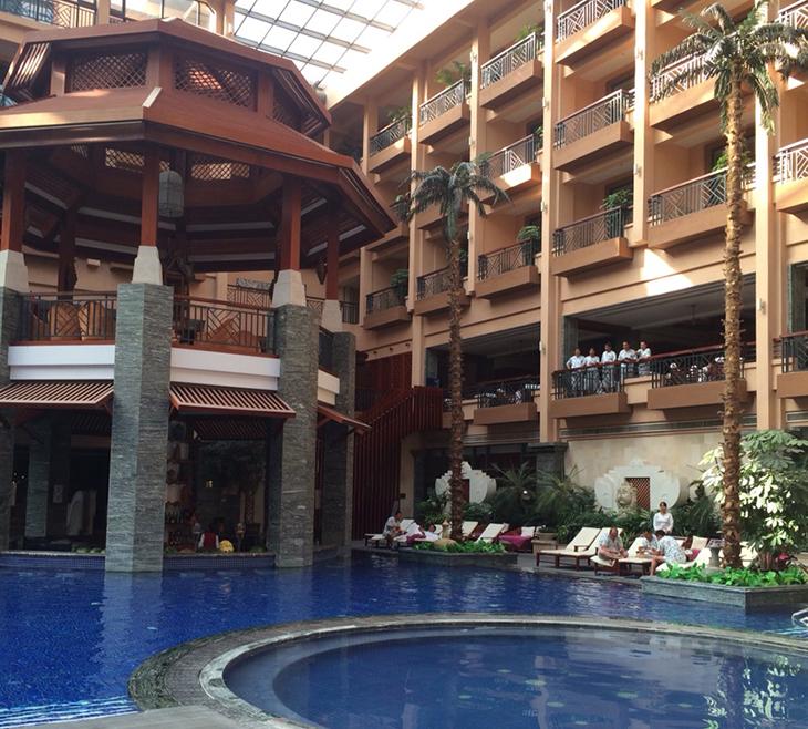 昆明海丽宾雅度假酒店    高思迪赛设计公司作为全国温泉酒店,水疗